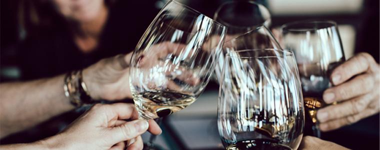 Quelles quantités de vin pour une soirée ?